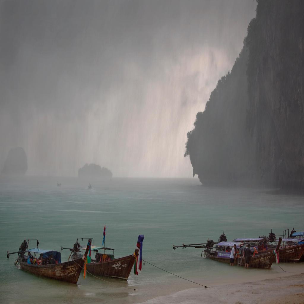 rain by photoport