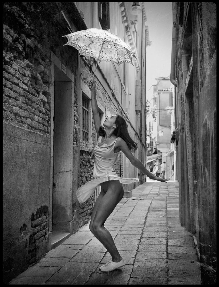 impish Venice by photoport