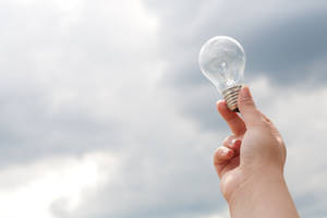 Light bulb 008