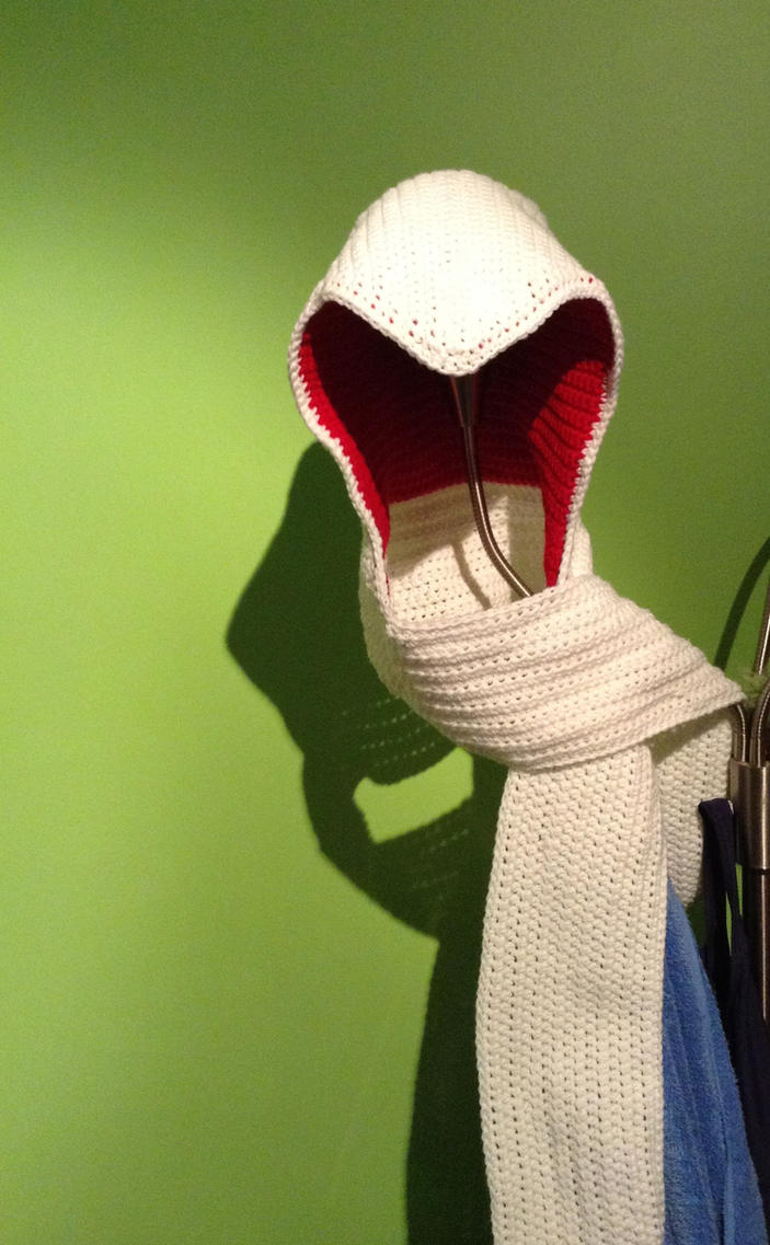 Assassin's Creed Hooded Scarf v.2 by GoldenEnigma