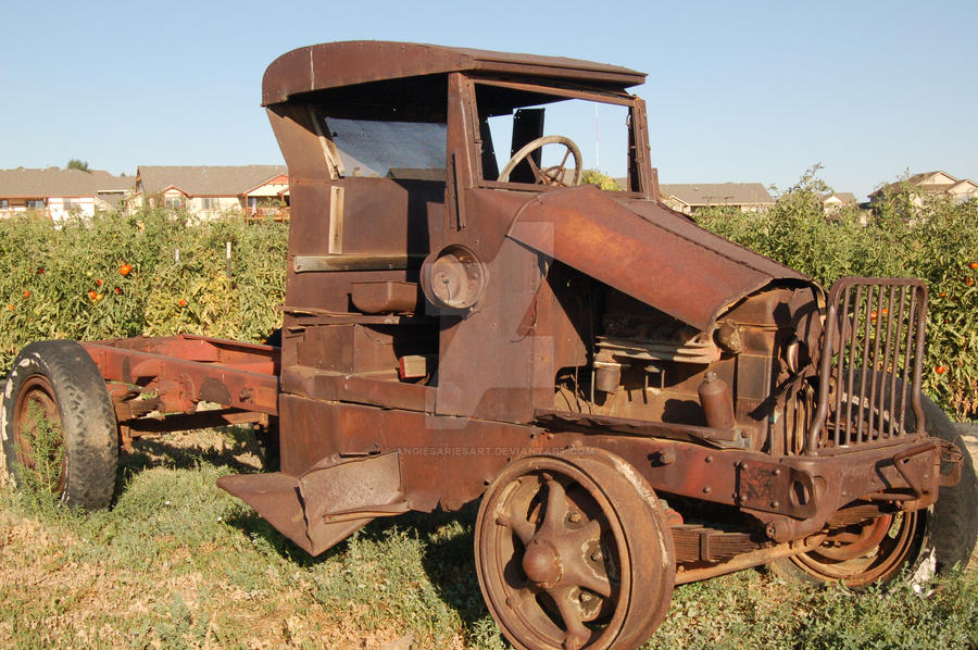 Rusted Old Truck by AngiesAriesArt on DeviantArt