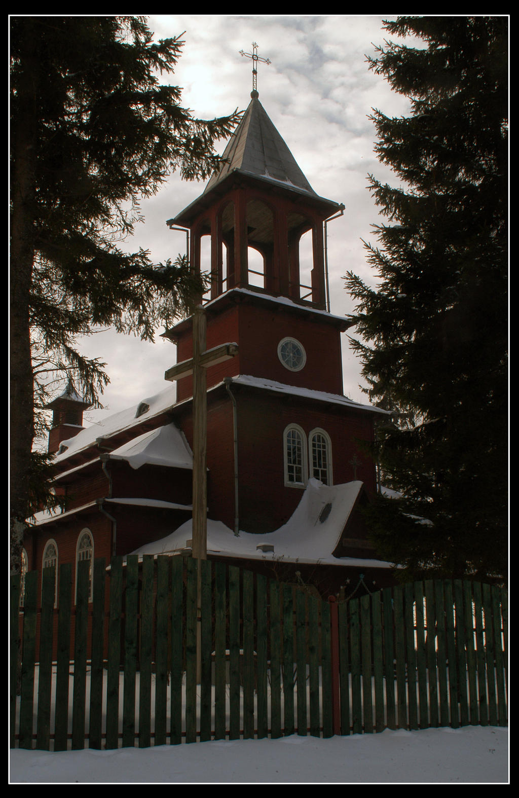 Winterchurch by Helkathon