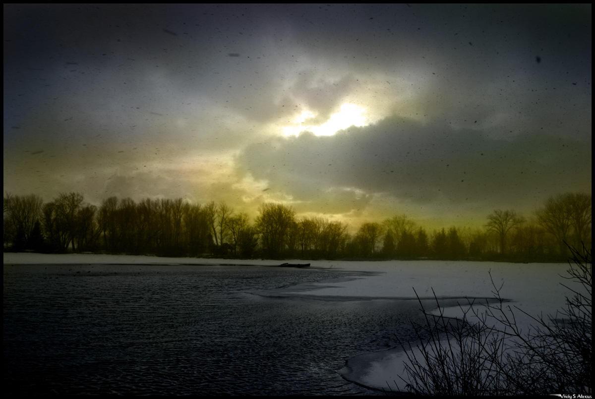 Illuminated darkness by alexiuss