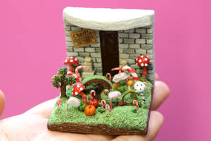 Tiny Chocolate Factory Diorama by minivenger