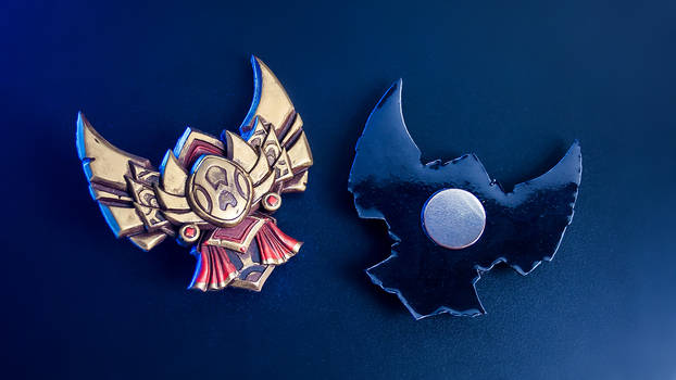 League of Legends Gold Badge Magnet small