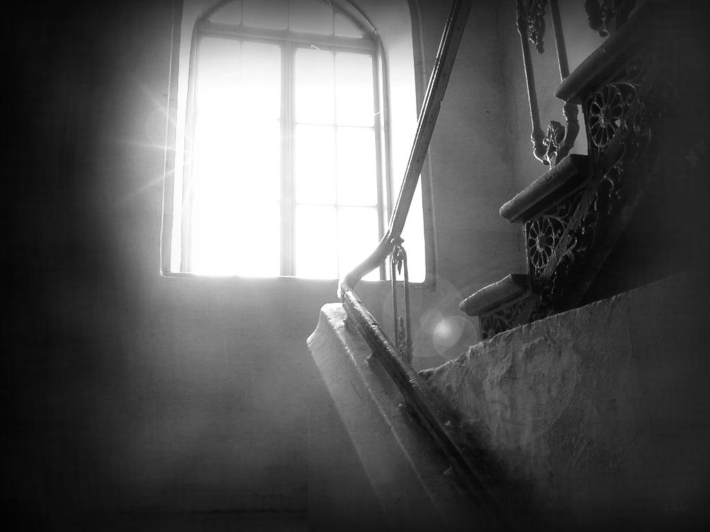 Staircase by HuBis