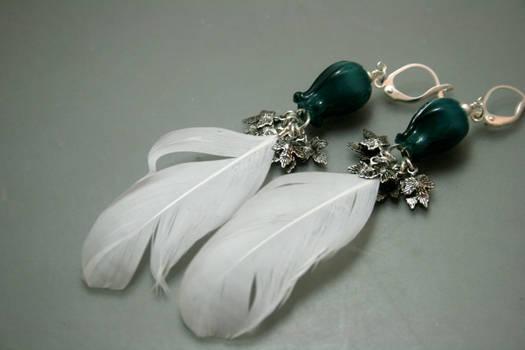 Dulcet Blooms - ptarmigan feather earrings