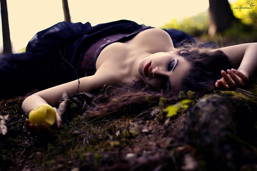 I dreamed I died by la-esmeralda