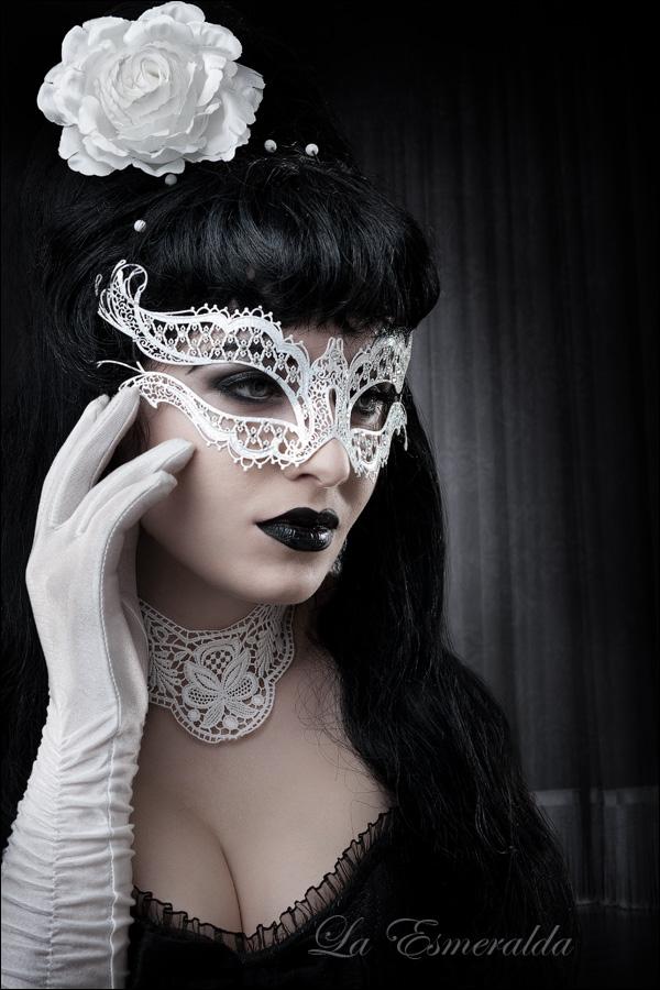صور بنات ترتدي الاقنعة HD,صور بنات Mask للتصاميم 2016 Another_night_by_la_esmeralda-d4f9loh