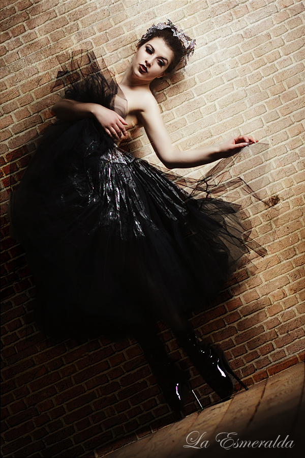 Ballerina by la-esmeralda