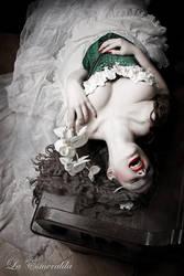 Whisper by la-esmeralda