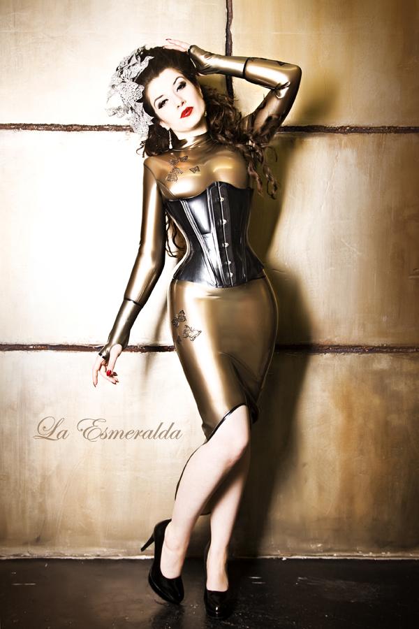 Boombastic by la-esmeralda