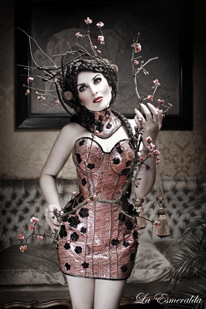 Floret by la-esmeralda