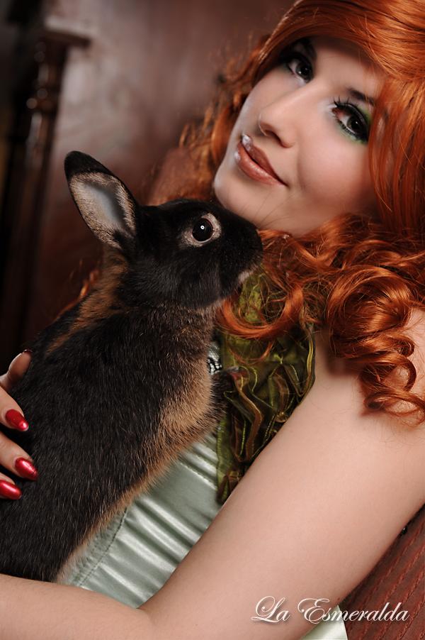 Burlesque Bunny by la-esmeralda