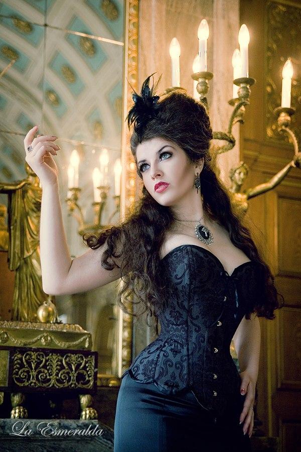 Whispered memories by la-esmeralda