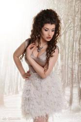 Snow Queen by la-esmeralda