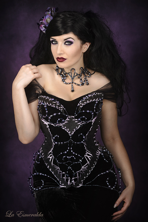 Purple Elegance by la-esmeralda