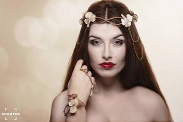 Elven Princess II by la-esmeralda