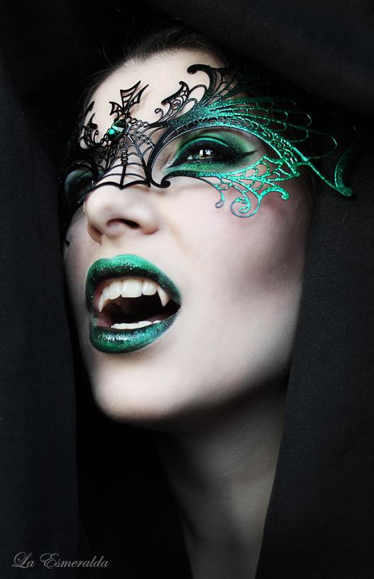 Night of the Dragon by la-esmeralda