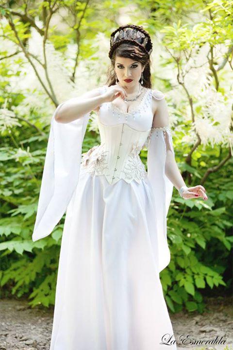 White Fairy II by la-esmeralda