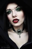 Vampire Heart by la-esmeralda