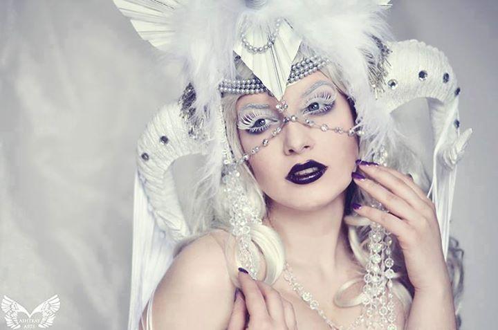 White Witch II by la-esmeralda