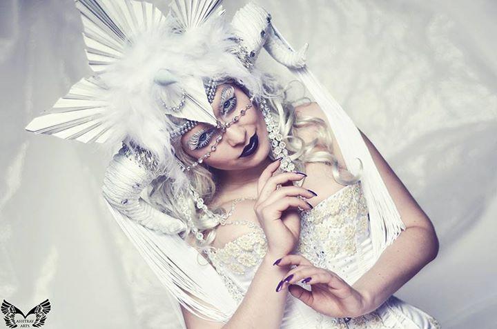White Witch III by la-esmeralda