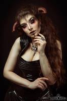 Demonic by la-esmeralda