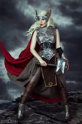 Goddess of Thunder by la-esmeralda
