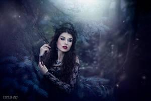 Otherworldly by la-esmeralda