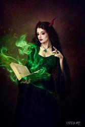 Magic Spell by la-esmeralda