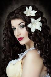 Beautiful Tragedy by la-esmeralda