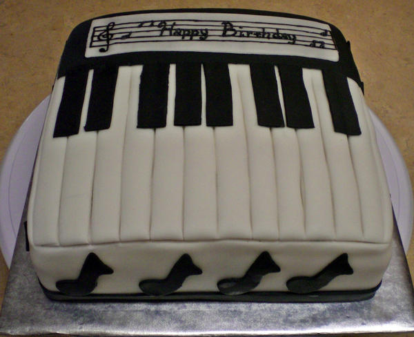 how to make a keyboard cake
