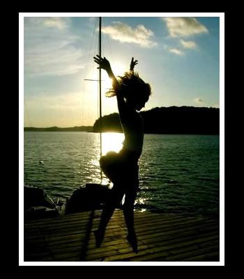 http://fc03.deviantart.com/fs25/f/2008/081/9/b/dance__by_wrappedupsummer.jpg