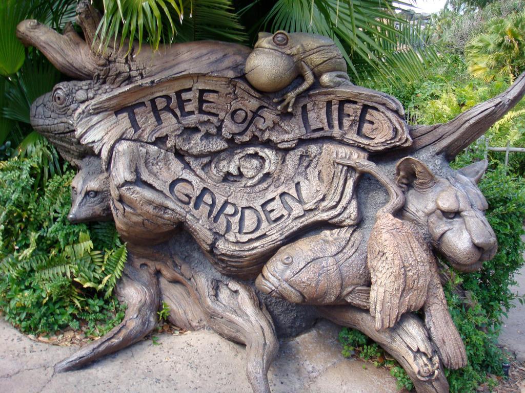 Tree of life garden by henryt93 on deviantart