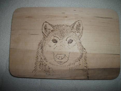 Wolf Pyrography on Breakfast Tray by weisewoelfin