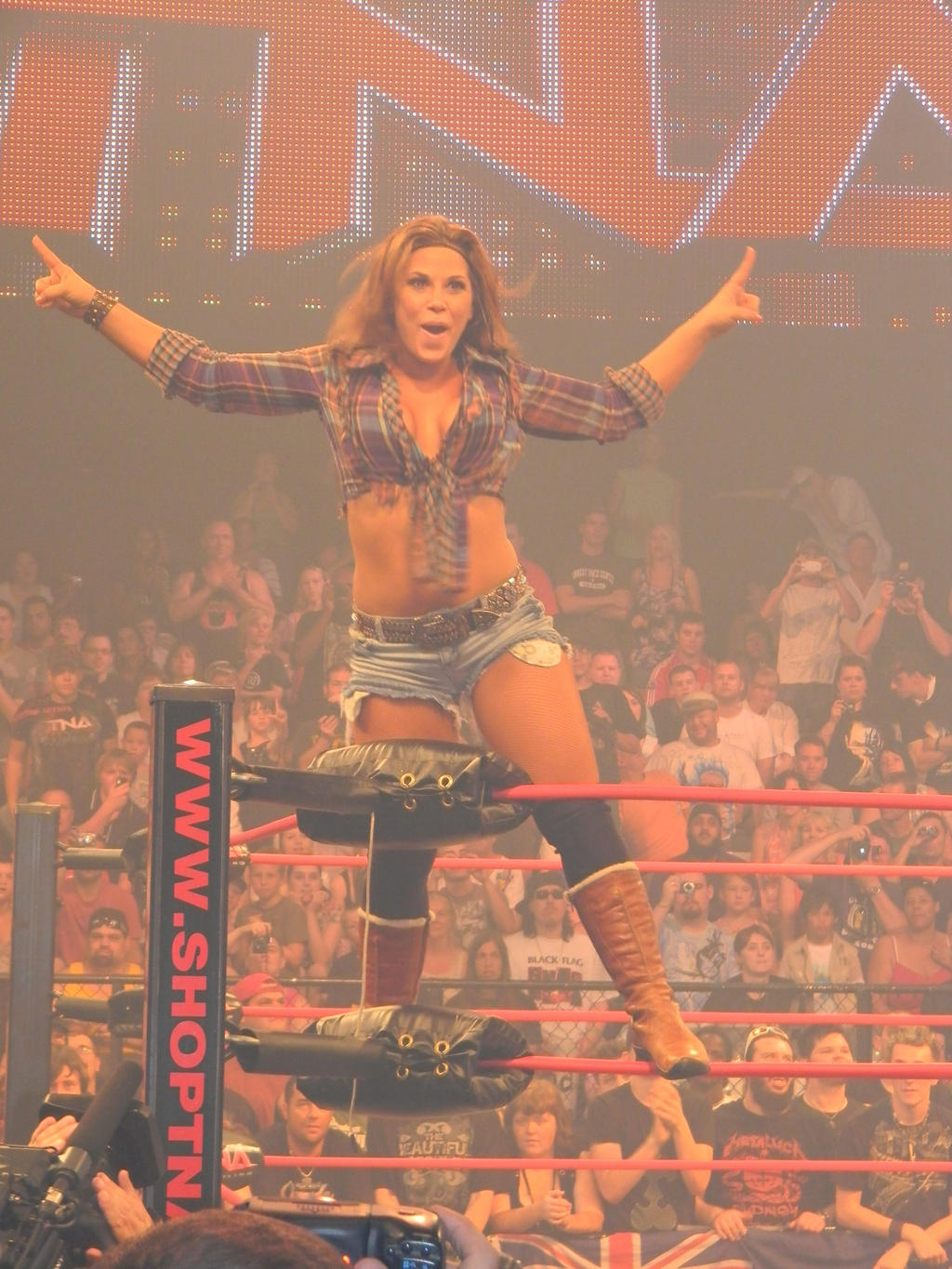 Mickie James 2012 Singing Mikie's ready to go by...