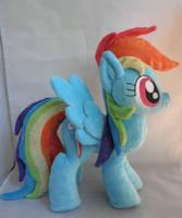 Rainbow Dash Plush by Pastelblueunicorn