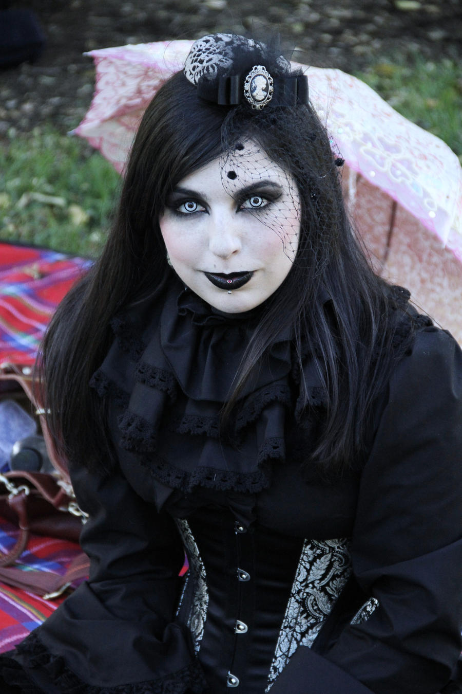 girl goth:
