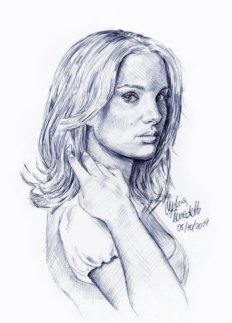 Natalie Portman Pen 2 by AngelinaBenedetti