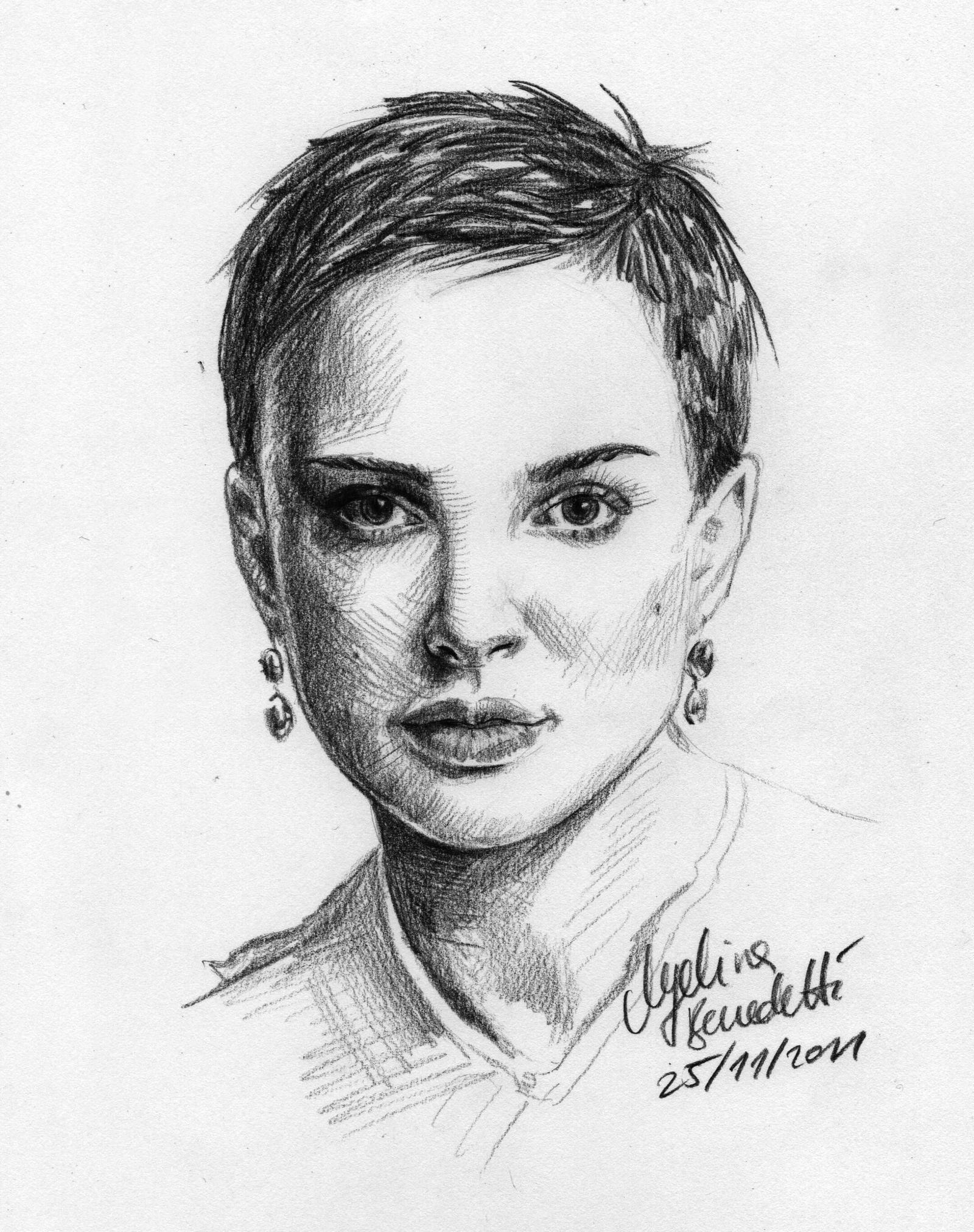 Natalie Portman Short Hair Portrait By Angelinabenedetti On Deviantart