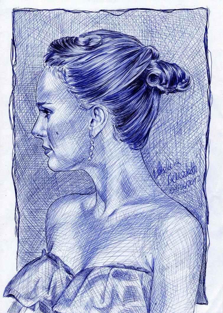 [Image: natalie_portman_drawing_ballpoint_pen_by...532mpk.jpg]
