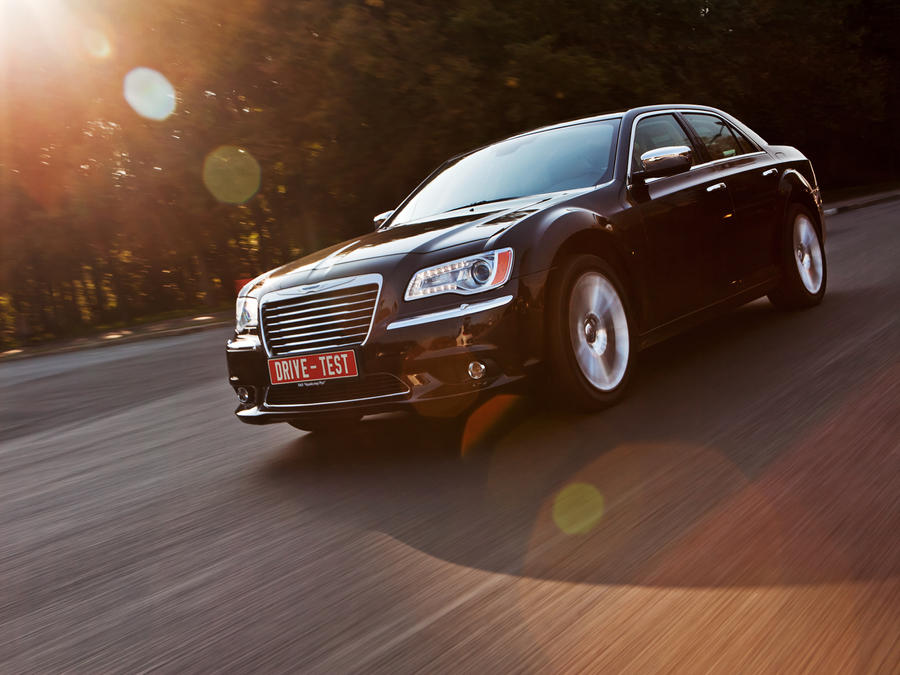 Chrysler 300C by Bambr