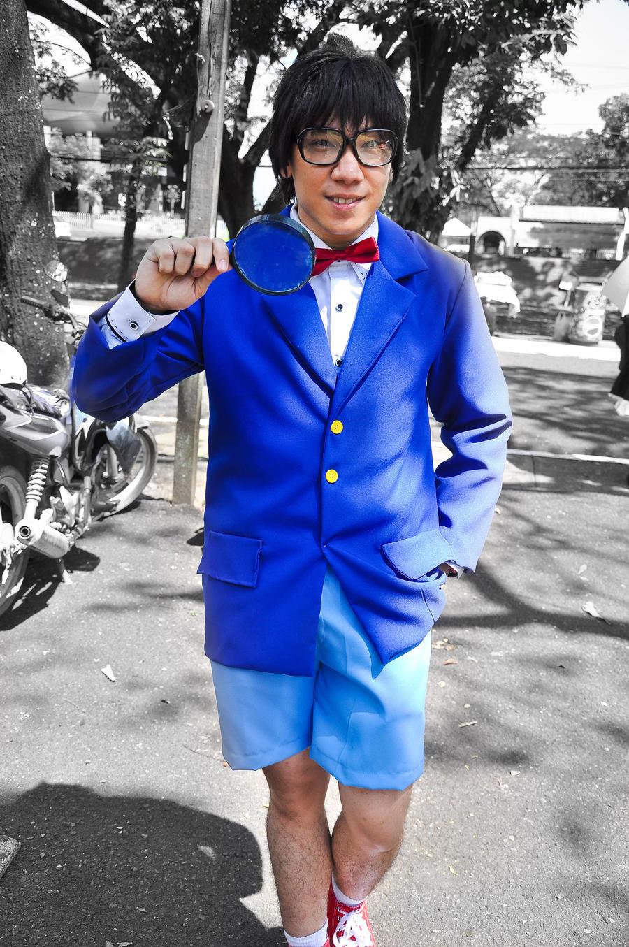 JUEGO PARA OTAKUS - Página 2 Detective_conan_cosplay_by_flatline06-d4r3r8k