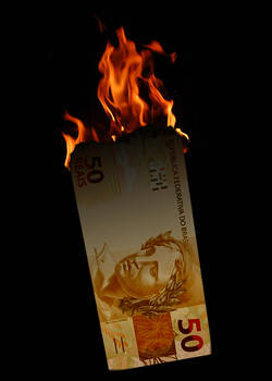 Dinheiro em Chamas