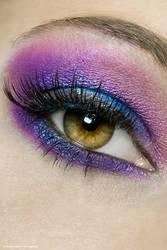 coloured eye ...