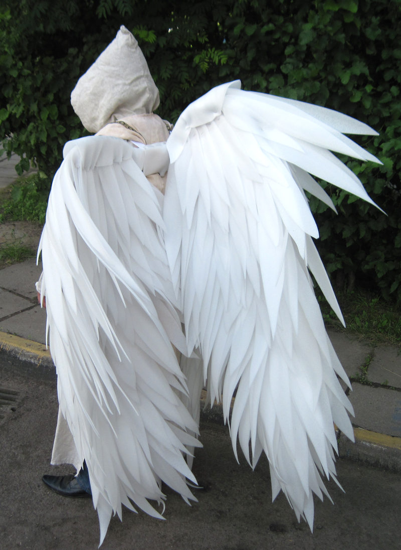 Angel Sanctuary cosplay wings by shegose on DeviantArt