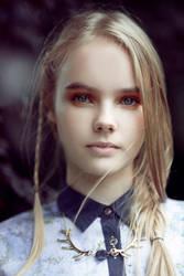 Garden Girls- coco Magazine by DmajicPhotography