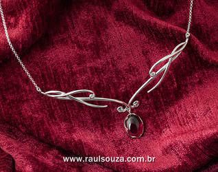 Rubi Elvish Necklace