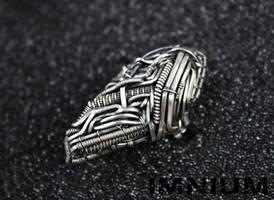 Skull ring II by IMNIUM